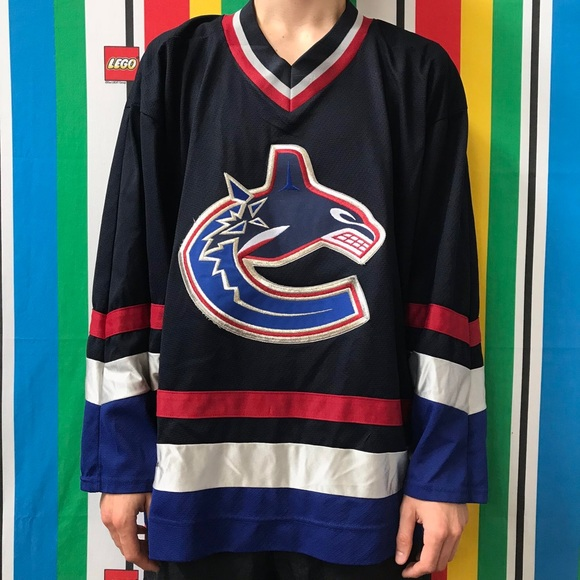 new products a0a9b 4c356 Vtg Winnipeg Jets CCM Hockey Jersey XL